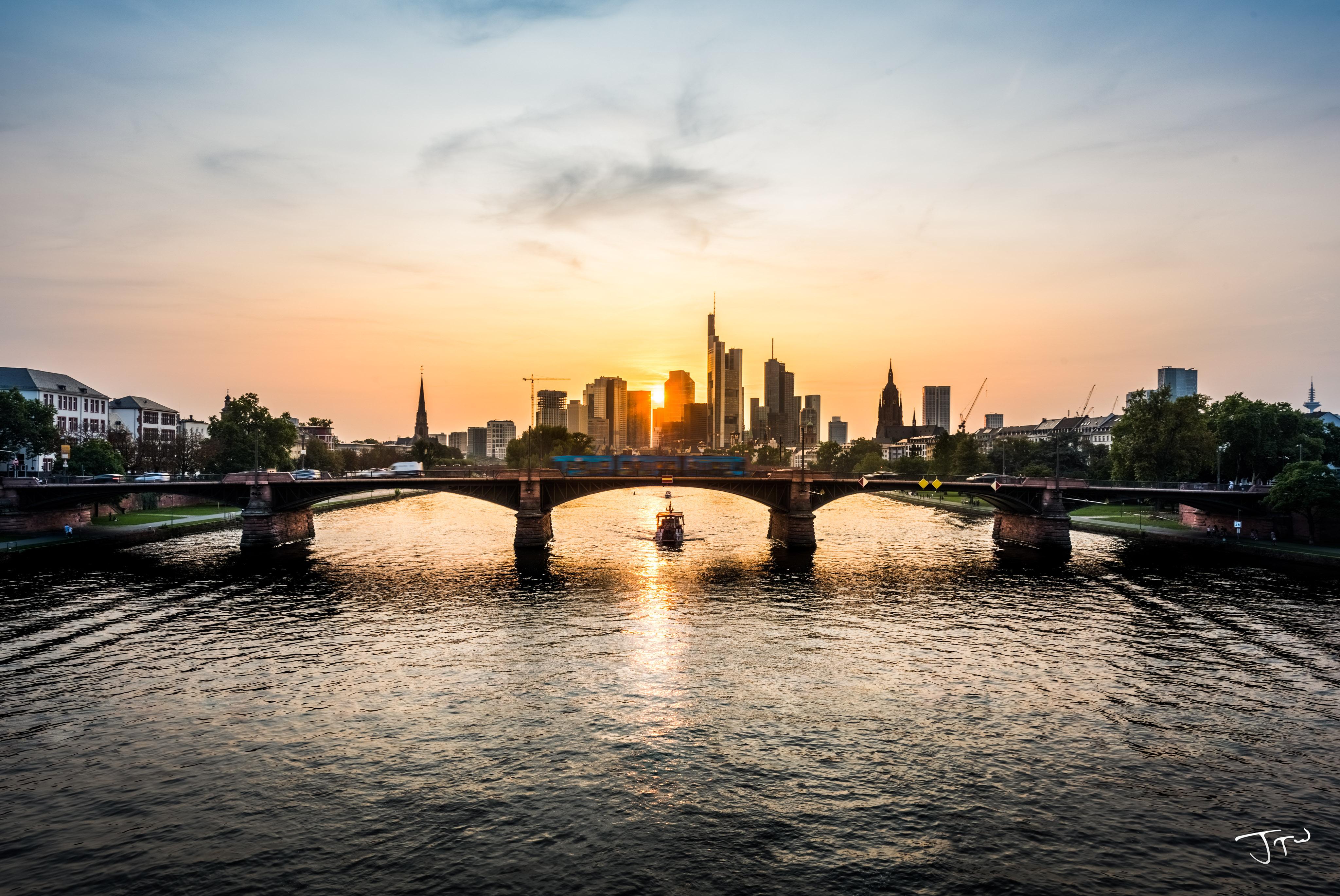 frankfurt cityscape sunset